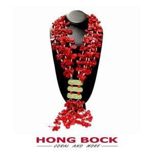 HONG BOCK-Design - Rote, 3-reihige Korallenkette mit grünen Magnesiten-0
