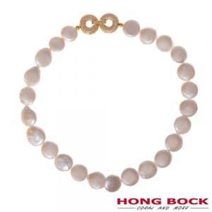 HONG BOCK- weiße Süsswasser Perlen kette Rundflach in 20mm Durchmesse-0