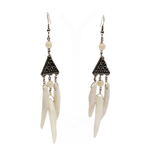 Design Ohrringe in silber. weiß-0