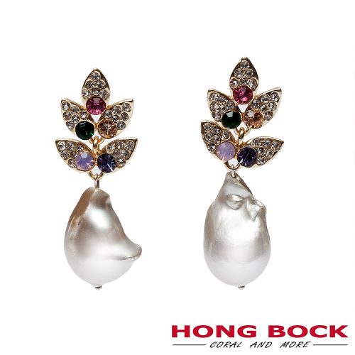 HONG BOCK-Design - Funkelnde Ohrringe mit Süßwasser-Barockperlen, Strasssteinen und Kristallen verziert-0