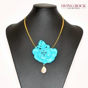 HONG BOCK-Design Anhänger aus Magnesit Türkis und Perlen-0